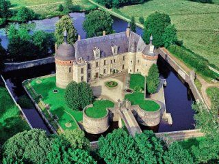 Monumental castle for sale Creuse, Limousin, France