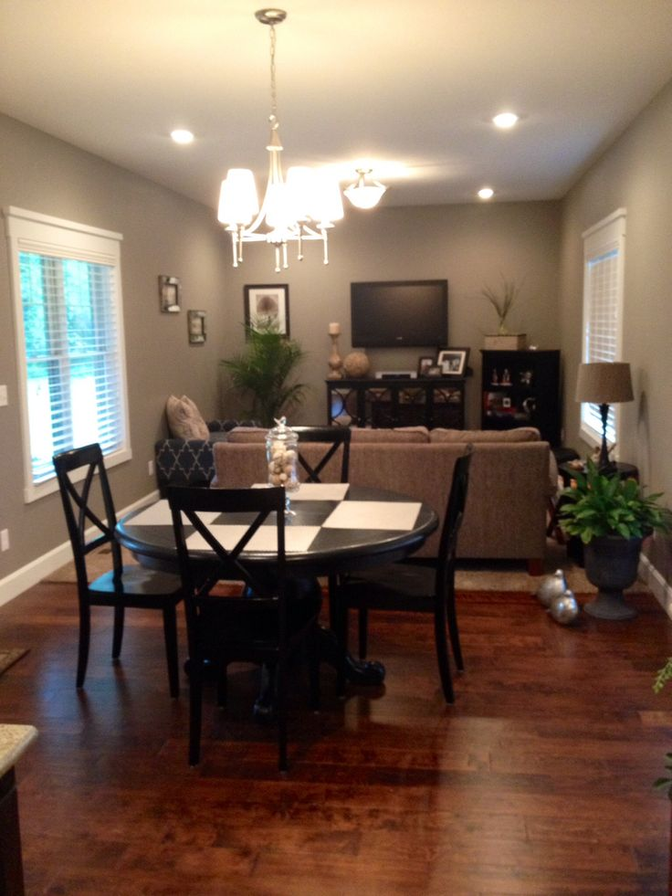 Breakfast and sitting room sherwin williams pewter for Sitting dining room ideas