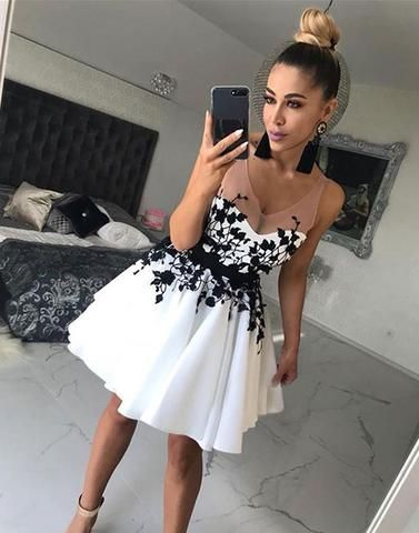 a3f13b8c488 Sexy V-Neck Short Prom Dresses 2018 New Arrival black Lace Appliqued Mini  Cocktail Gowns ,Sexy Sheer Girls Homecoming Dresses .Women Girls Gowns .