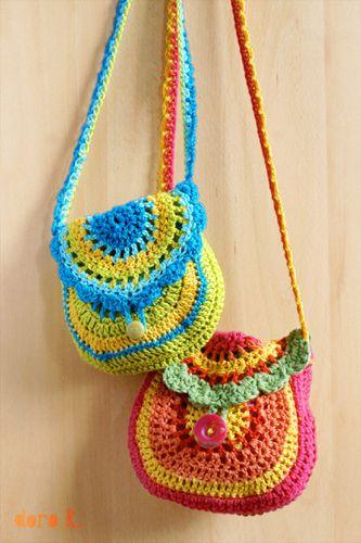 Circle crochet bag