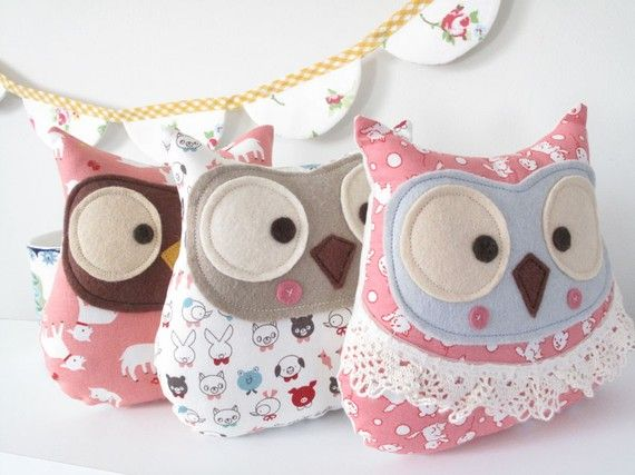 These Are ADORABLE Little Stuffed Owls! Shouldn't Be Too Hard To Make A Pattern And Do It Myself!