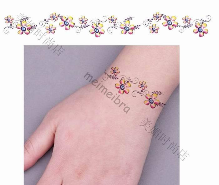 Top 15 Bracelet Tattoo Designs With Pictures: 23 Best Bracelet Tatoos Images On Pinterest
