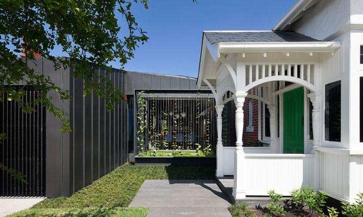 shadow house on st georges road, elsternwick melbourne