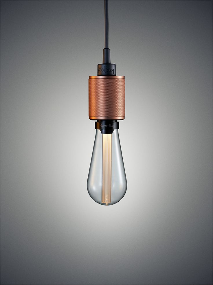 Buster + Punch Heavy Metal pendant and ceiling lamp with Hero LED bulb. Heavy Metal pendel og loftlampe med Hero LED pære.