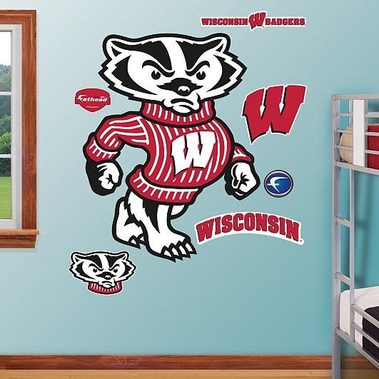 Wisconsin Badgers Mascot - Bucky Badger