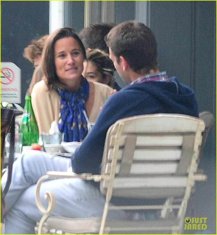 Pippa Middleton Goes for a Friendly Lunch with Ex Alex Loudon | pippa middleton goes for a friendly lunch with ex alex loudon 04 - Photo
