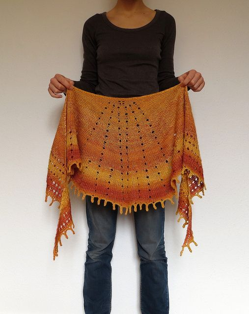 """Ravelry: Sunray Shawl pattern by Anna Véron any yarn! Yarn weight Any gauge - designed for any gauge ? Gauge 16 stitches and 30 rows = 4"""" in stockinette US 7 - 4.5 mm 405 - 547 yards (370 - 500 m) Sizes: customizable"""