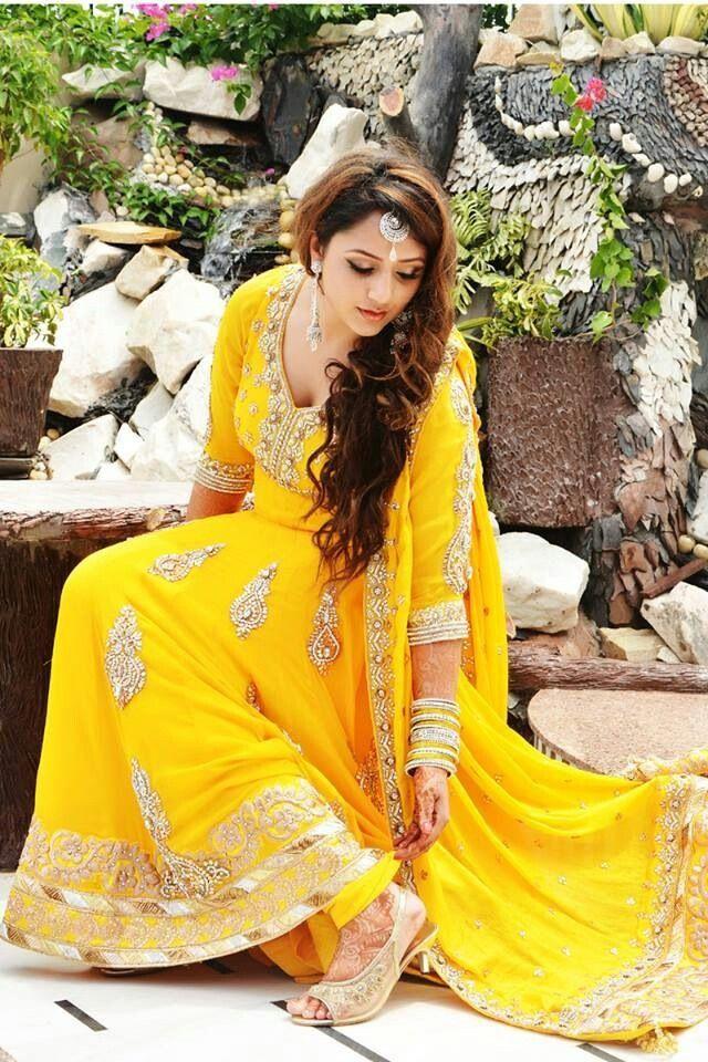 mayoun dress fashion indian dresses mehndi dress