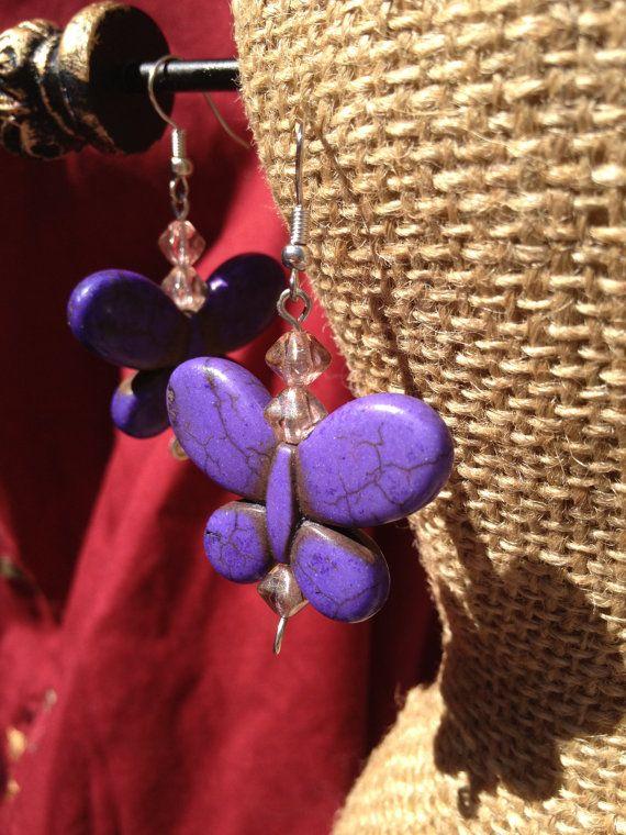 Paarse vlinder oorbellen