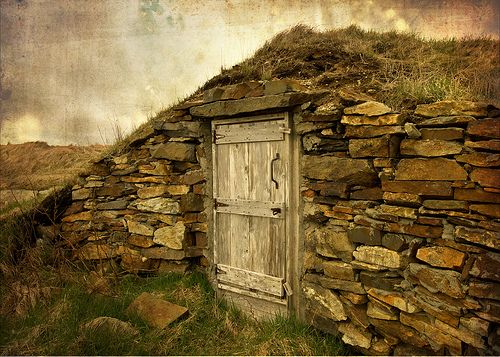 118 Best Root Cellar, Cold Spring House, Smoke House