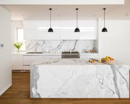 Marble splashback Quartz counter