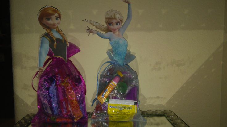 Frozen goodie Bags, ana elsa Goodie bags, Bolos de frozen by My2Angels1 on Etsy