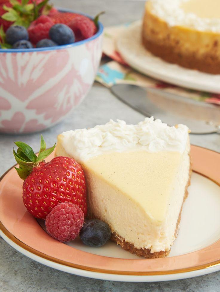 Vanilla is anything but boring in this rich, creamy, fantastic Vanilla Bean Cheesecake! - Bake or Break ~ http://www.bakeorbreak.com