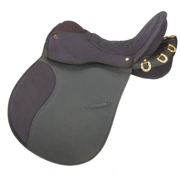EquiRoyal EquiRoyal Pro Am Trail Saddle, just one of the great products from our large selection here at HorseLoverZ. Lightweight synthetic endurance saddle. Designed