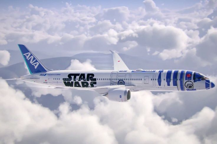All Nippon Airways' R2-D2, Star Wars-themed Boeing 787-9