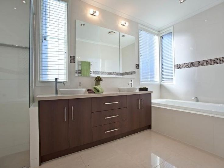 Modern Bathroom Design With Recessed Bath Using Ceramic   Bathroom Photo  172606