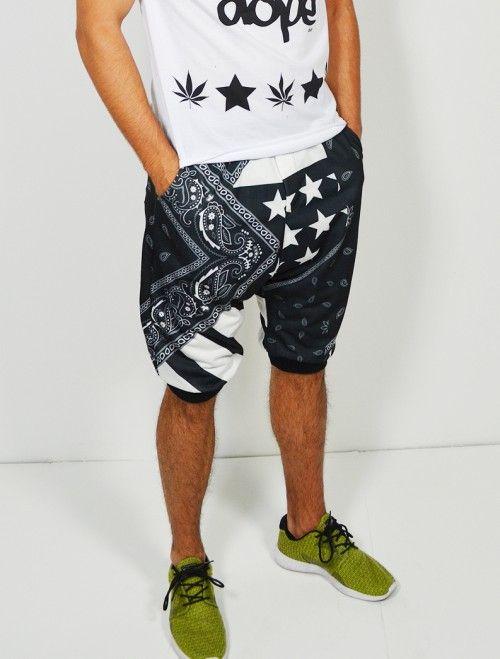 78d2a8c8ee Comprar bermuda de hombre tipo baggy con estampado bandana streetwear.  Comprar bermudas y pantalones de hombre en Latiendajoven.c…