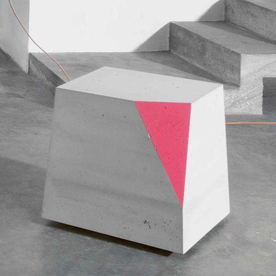 """Directrice artistique la société Concrete by LCDA depuis janvier 2011, Matali Crasset signe la collection de meubles en béton """"Concrete Collection"""" qui sera présentée à Maison  Objet du 18 au 22 janvier 2013."""