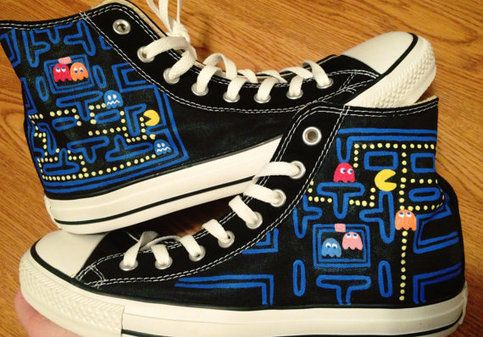 **For this listing I can make Pacman and the board bigger or smaller upon request. If you would like I can do these on low tops, however, I cannot get as much of the board on low tops as I can on high tops. I can also do any other arcade game!   Once you place the order, please tell me the size...