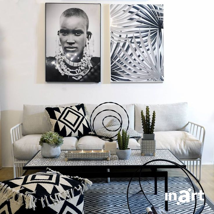 Each and every piece alone, is stunning on its own right. But all together, they gift us with a black & white combo, you cannot resist but copy! Like if you Like! #inartLiving