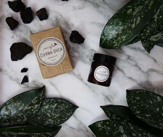 All my cosmetics: Mylo: černé čistící mýdlo a přírodní deodorant