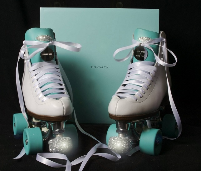 Patins customizados nas cores da Tiffany