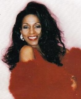 Lady Chablis from Midnight in the Garden of Good and Evil ... Performs @Cheryl Blondin One in Savannah