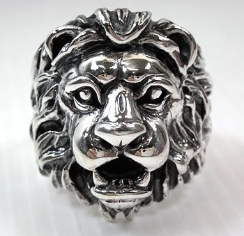 """For those of you who want to have your own iconic """"Aslan"""" ring like me..."""