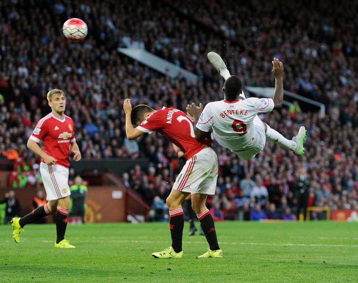 Amazing goal by Christian Benteke -- Manchester United v Liverpool 9-13-15