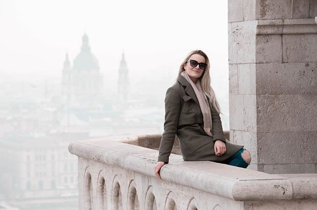 Beautiful day in Budapest  #Budapest #Hungary #czechgirl #czech #czechblogger #girl #travel #traveling #likeforlike #like4like #pictureoftheday #ootd #outfit #outfitoftheday #blondie #americanstyle #prettylittleiiinspo