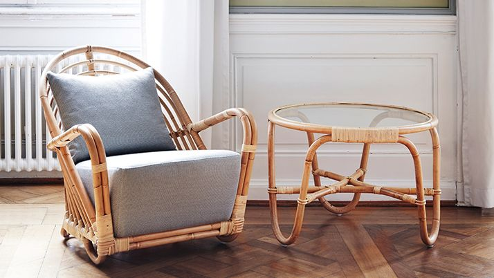AJ-45-SU Charlottenborg table in rattan with chair