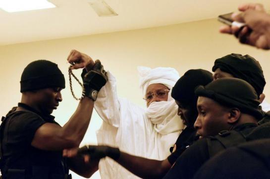 L'ex-président tchadien Hissène Habré condamné pour crimes contre l'humanité - http://www.malicom.net/lex-president-tchadien-hissene-habre-condamne-pour-crimes-contre-lhumanite/ - Malicom - Portail d'information sur le Mali, l'Afrique et le monde - http://www.malicom.net/