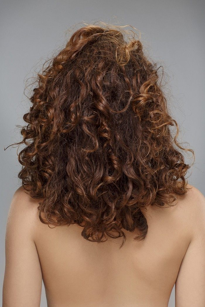 What To Do When Your Hair Loses Its Curl Puffy Hair Lost Hair Heat Natural Hair