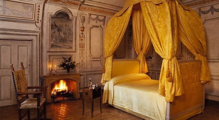 Thornbury castle bedroom old world rooms pinterest for Castle bedroom ideas
