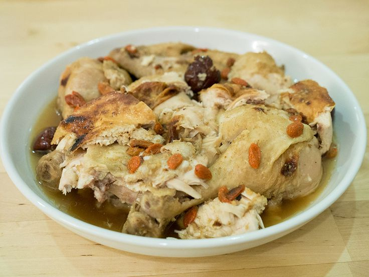 Purple bowl: Easy oven-steamed emperor herbs chicken recipe