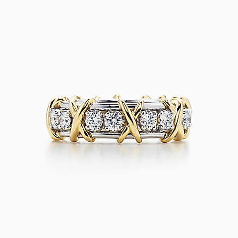 #Sucharita #Diamond #Ring Made in Real Diamond and 18 kt yellow & white gold.Customize as per your Style and budget.Get Exact Diamond Quality and weight.