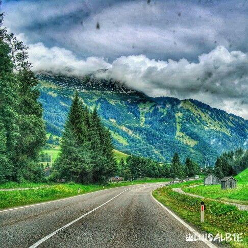 Road to Garmish-Partenkirchen!