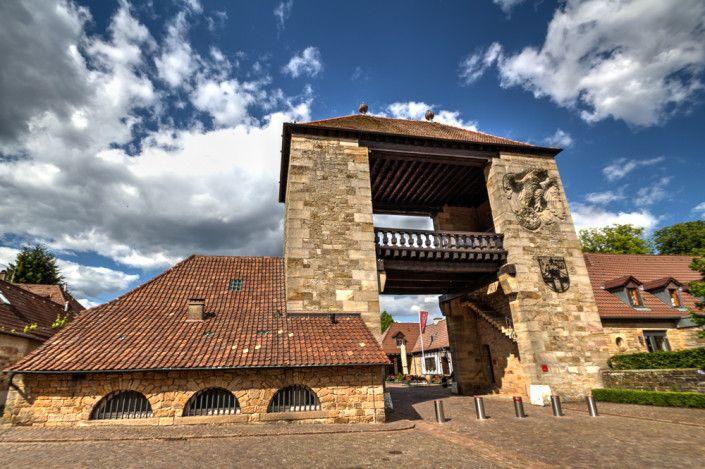 Deutsches Weintor in Schweigen-Rechtenbach an der deutsch-französischen Grenze