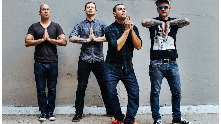 Alien Ant Farm | 2015 (Man I can't believe these guys are still alive! The first CD I ever bought was from A.A.F.!❤)