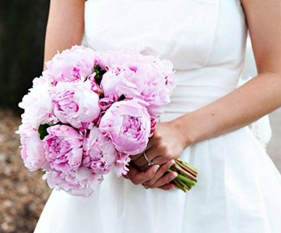 Classic Pink Peony Wedding Bouquet by Garden on the Square, Savannah GA #southernwedding #weddingbouquet #savannahwedding