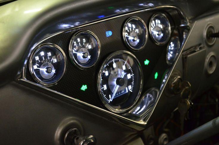1955 Chevrolet truck, 1956 Chevrolet Truck, 1957 Chevrolet Truck,Bel-Air, Custom Gauge set, auto meter