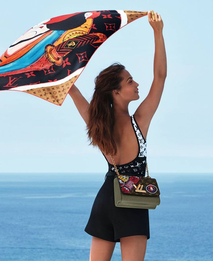 Louis Vuitton 2018 Sezonu Çantaları Tanıtım Kampanyası,  #2018 #AliciaVikander #çanta #LouisVuitton