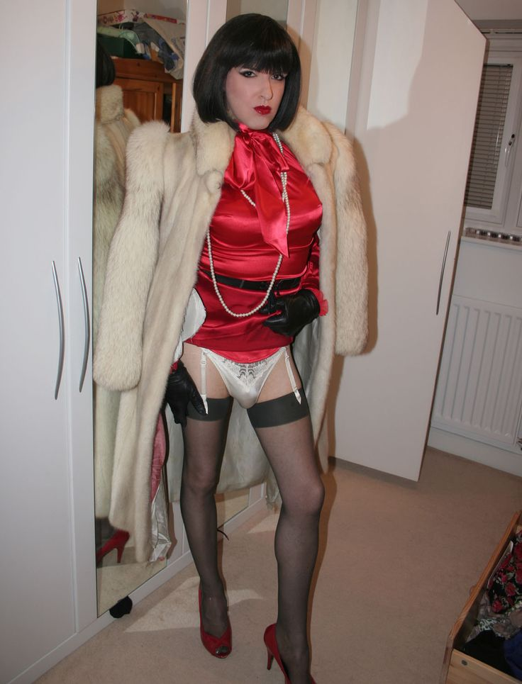 Seductive crossdressers
