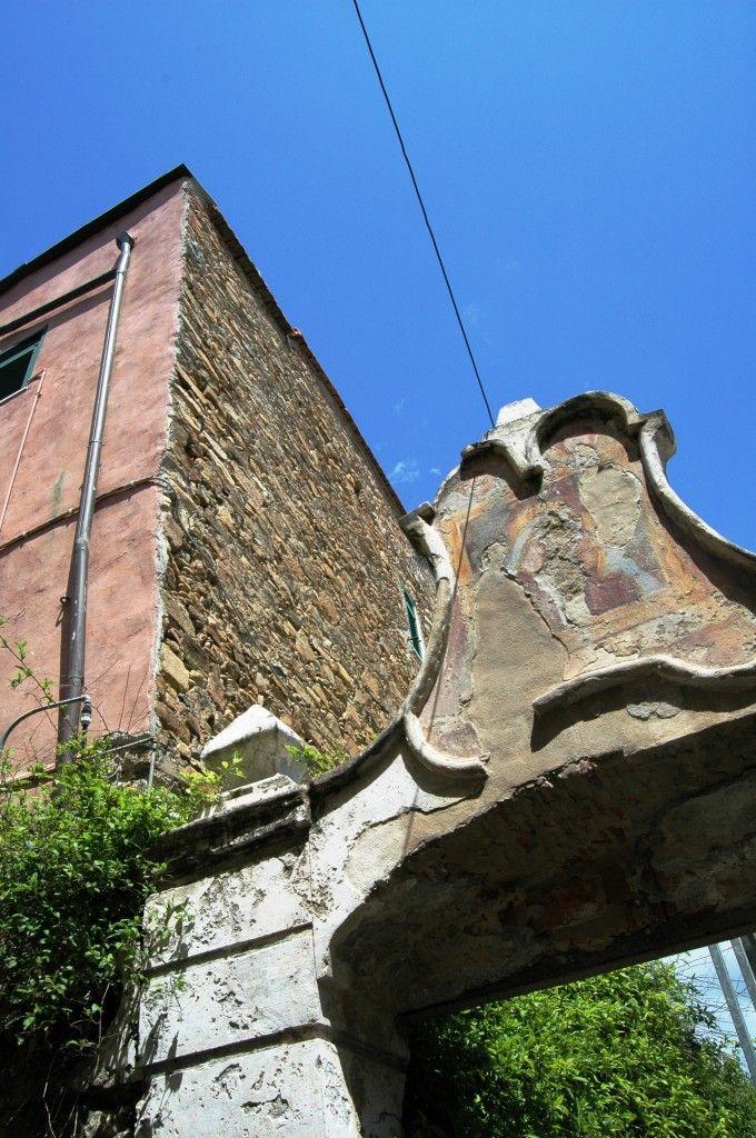 Santo Stefano al Mare (IM), scorcio del centro storico