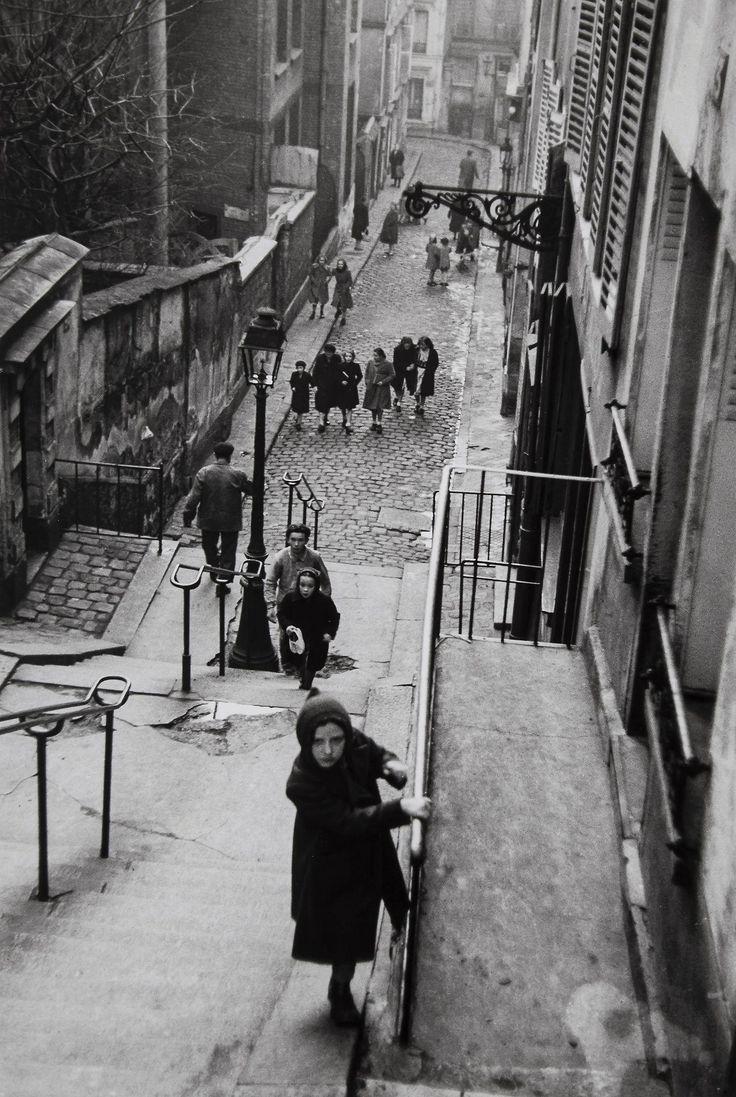 Edouard Boubat :: Paris, 1952 (stairway) (street photo)