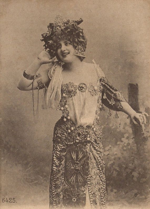 Lise Fleuron as Salomé Famous Belle Époque French Stage Star, Exotic Costume & Nouveau Jewels, Original RARE 1900s Collectors Photo Postcard