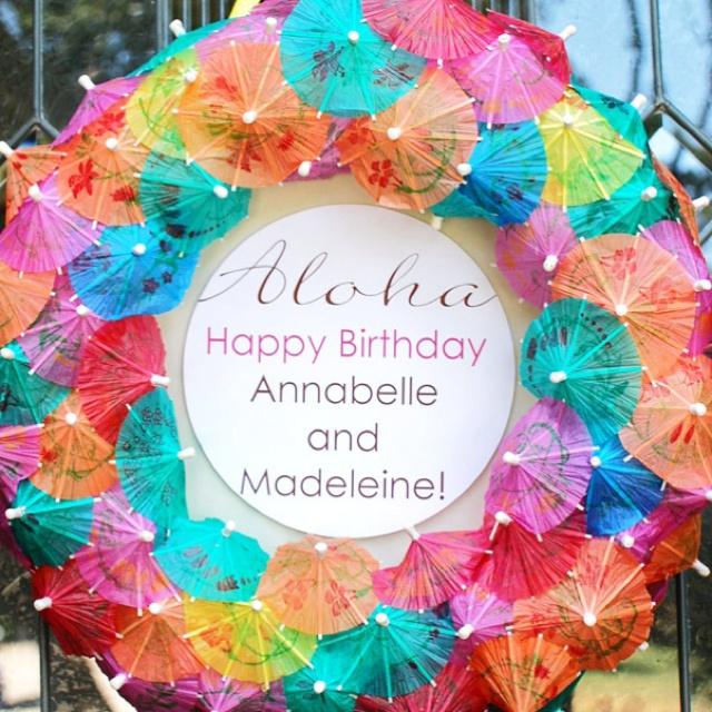 Easy wreath idea for a Hawaiian themed party!