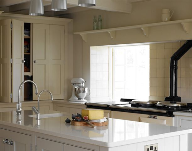 kitchens traditional kitchens bespoke kitchens painted kitchens