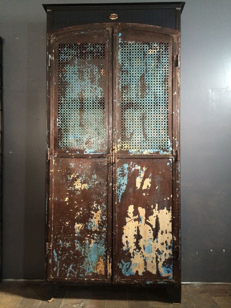 Ancienne armoire m tal patine d 39 origine bleu 2 portes mi - Decoration industrielle vintage ...
