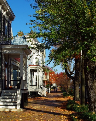 Fall In Olde Towne Portsmouth, These Homes On On Court